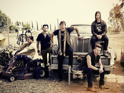 Hinder - Brantley Gutierrez